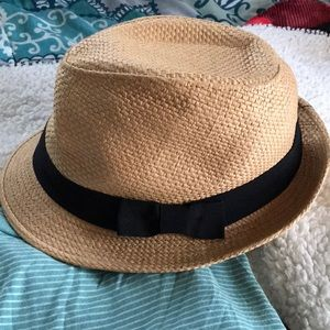 Fedora with black bow